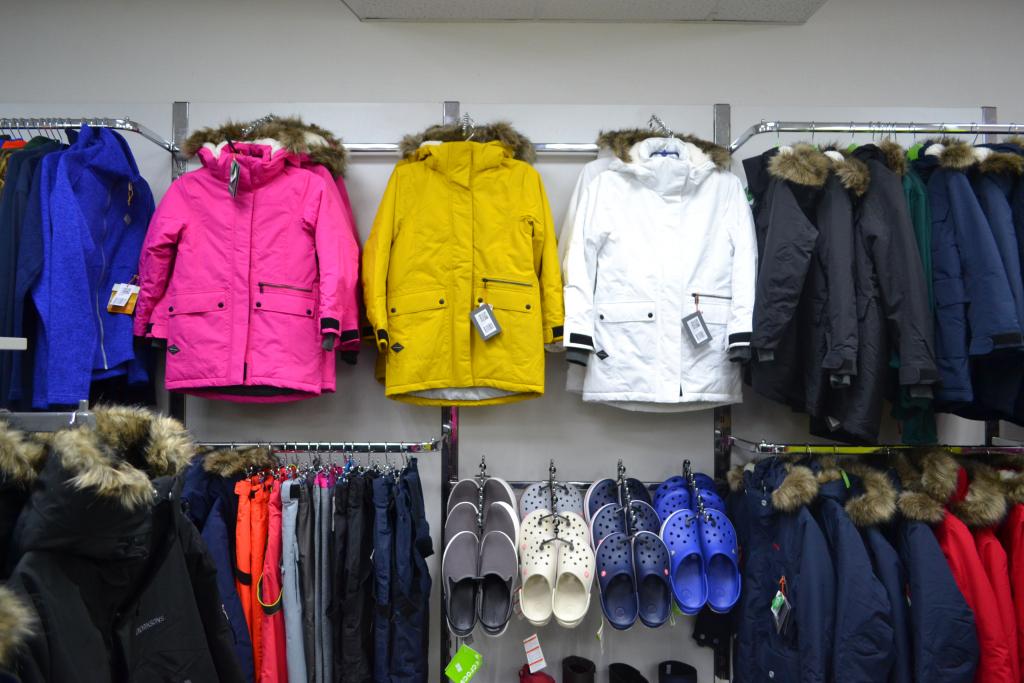 46743694526 Идея магазина Numero UNO – собрать вместе лучшие бренды одежды и обуви для  суровых погодных условий. И это