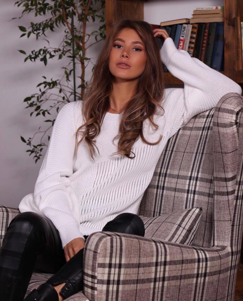 Работа девушке моделью сосногорск работа для модели без опыта в москве