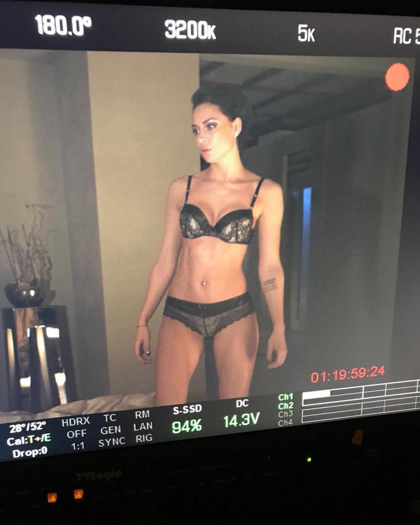 секс видео с сексуальными танцовщицами