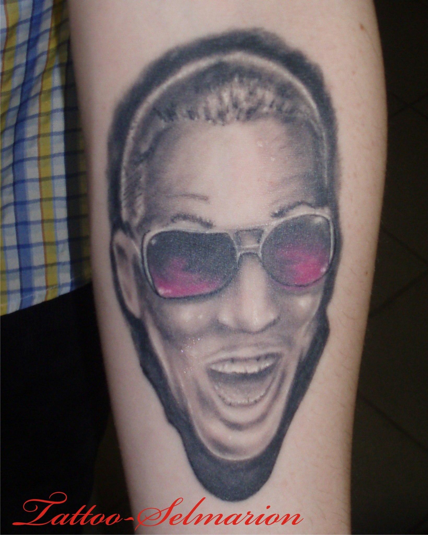 Татуировки у женщин девушек в интимных местах 14 фотография