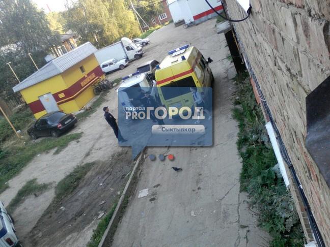 smotret-foto-sluchayno-vipavshaya-bolshaya-grud-porno-eblya-zhen-pri-muzhyah