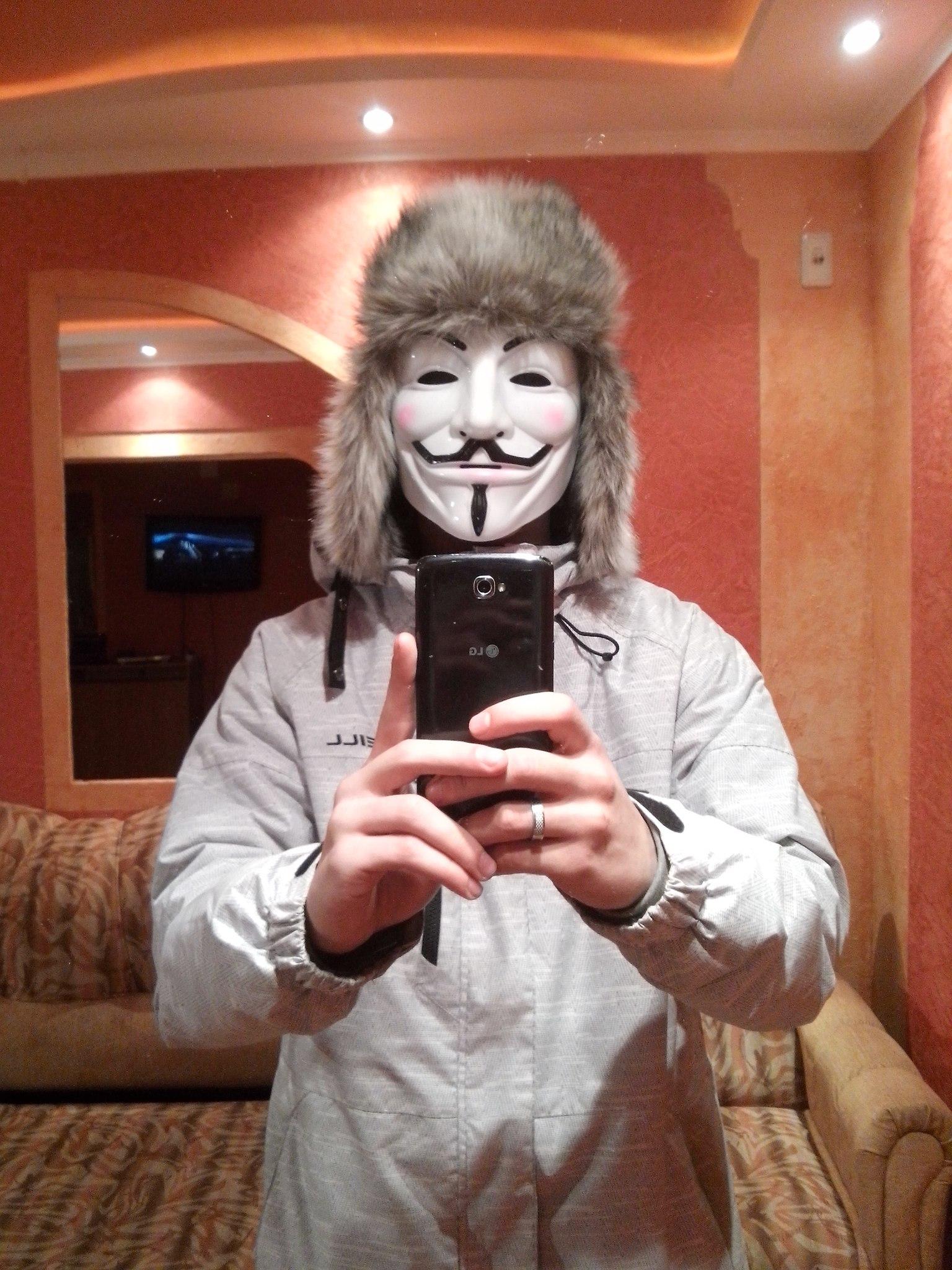 открутил картинки для пацанов в маске селфи считают, что