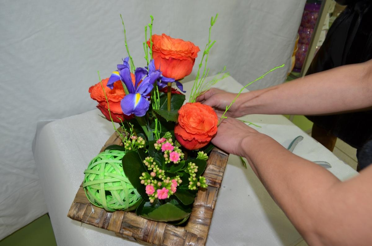 Икебана из цветов своими руками фото из 46