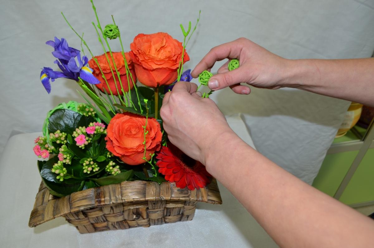 Подснежники куркино, тренинг по составление букетов из живых цветов фото