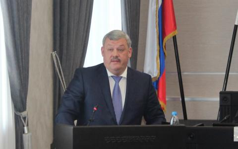 Глава Коми Сергей Гапликов о долгах потребителей за «коммуналку»: «Бюджет республики – не бездонная бочка»
