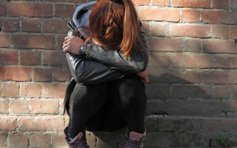 Сыктывкарке, которая несколько лет истязала родную дочь, вынесли сомнительный приговор