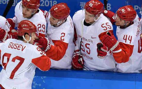 Российские хоккеисты выиграли золото Олимпиады в Пхенчхане