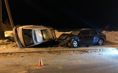 В Сыктывкаре из-за пьяного водителя на «Тойоте» серьезно пострадал ребенок (фото)