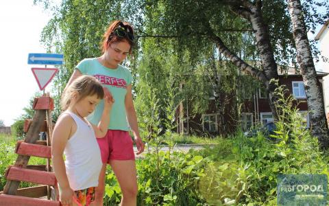 В Сыктывкаре девочка провалилась в колодец: мама рассказала, как спасли ее дочь (фото)