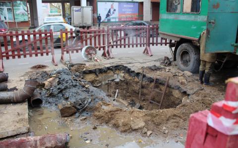 В Сыктывкаре полностью перекроют участок дороги в центре города