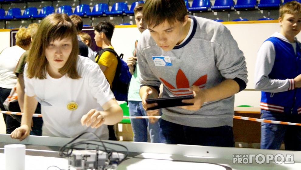 Фестиваль робототехники в Сыктывкаре: юные изобретатели, блеск в глазах и битва машин (фото)