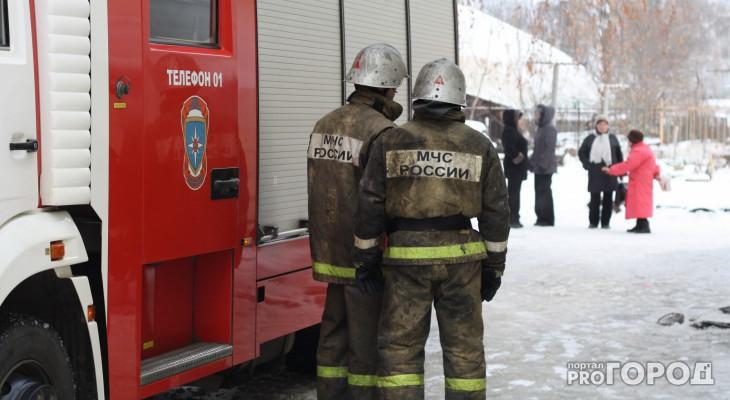 В Коми два человека погибли в пожаре