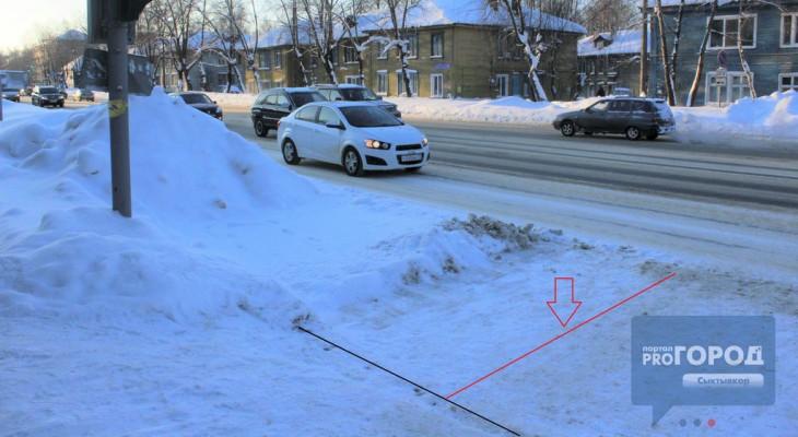 Автомобильный коллапс: главный проспект Сыктывкара завален снегом (фото, видео)