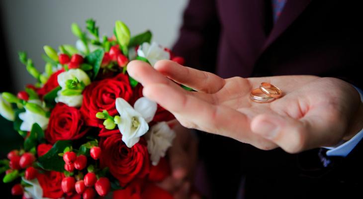 В сыктывкарской колонии строгого режима сыграли сразу четыре свадьбы