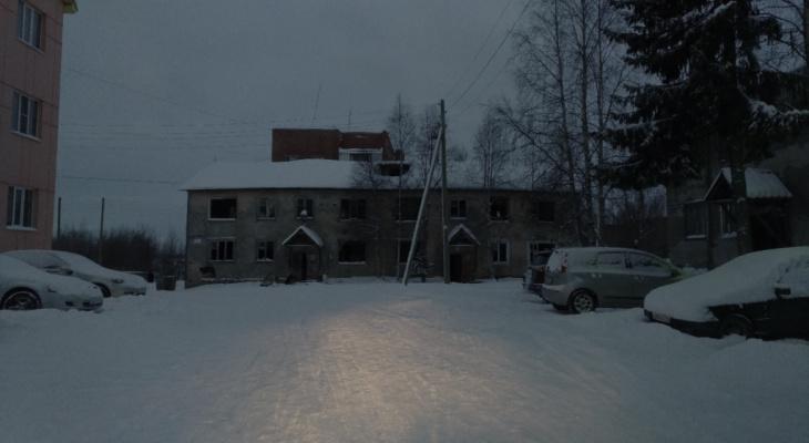 Житель Коми сфотографировал в заброшенном доме призрака
