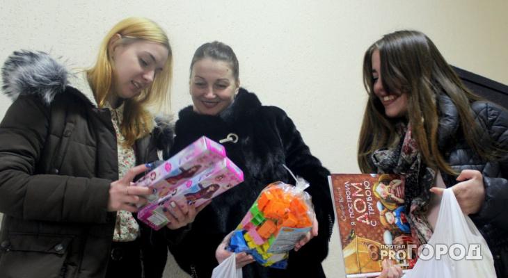 Студенты Сыктывкарского кооперативного техникума собрали игрушки для детей из травматологии