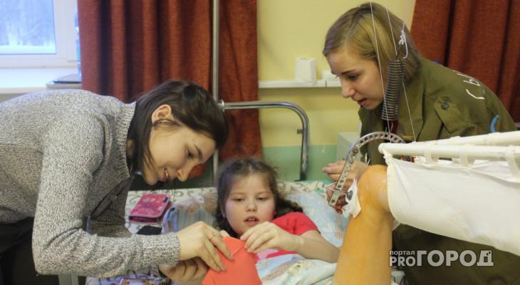Сыктывкарка: «Моей дочке нравятся перевязки - каждый раз ей дарят игрушку из «Шкатулки мужества»