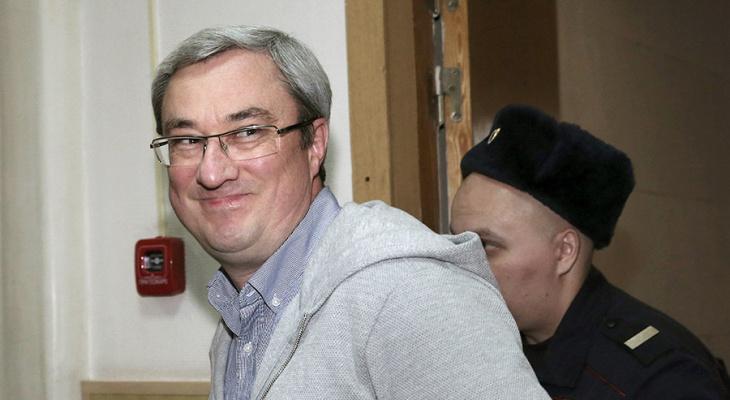Экс-Глава Коми Вячеслав Гайзер сам допросил фигуранта своего уголовного дела