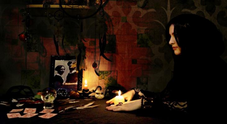Гороскоп на 30 марта: Овнам не стоит загружать себя чужими проблемами, а Весам - сидеть сложа руки