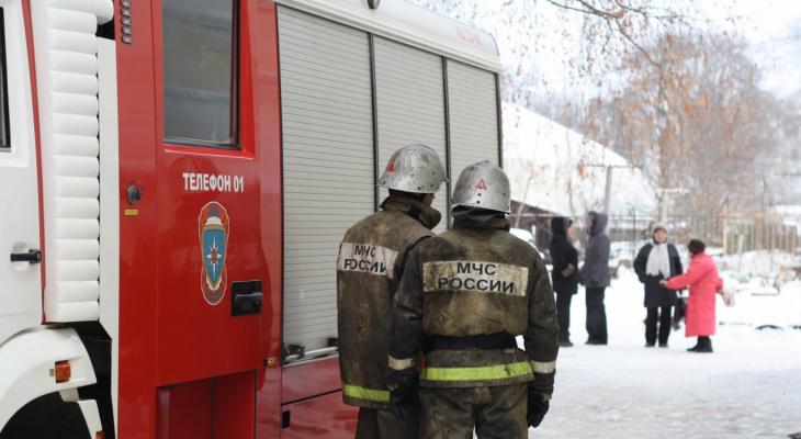 Экстренные службы Коми тушили пожар в Югоре
