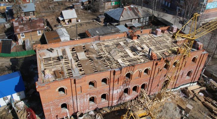 Звонницу у Стефановского собора в Сыктывкаре почти построили (фото)