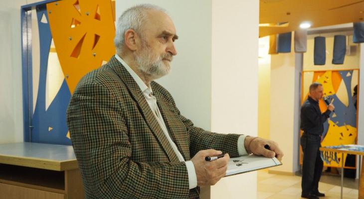 Сыктывкарский художник сожжет свои картины, потому что власти ему не помогают (фото)