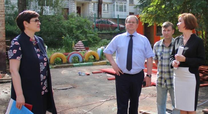 Мэр Сыктывкара проверил, как ремонтируют детские сады