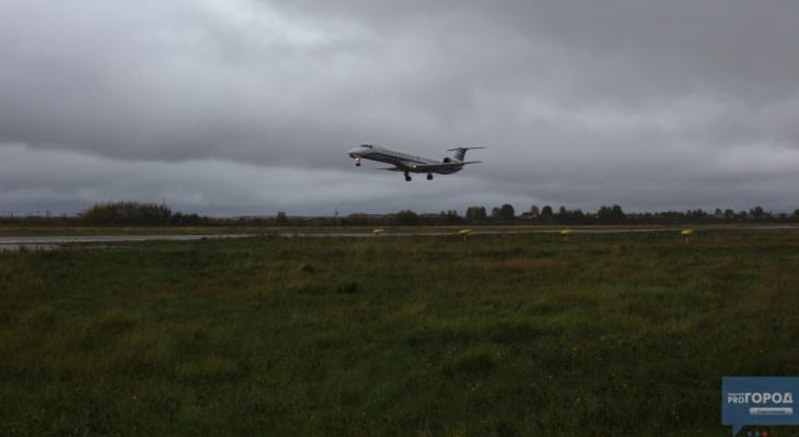 Сыктывкарцы боятся, что старый самолет, который используется в аэропорту, может разбиться