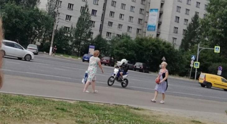Байкер, который гонял по центру Сыктывкара, уже два года ездит без прав