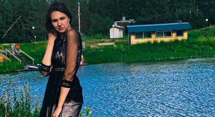 Девушки в платьях: 9 фото стильных сыктывкарок из Instagram