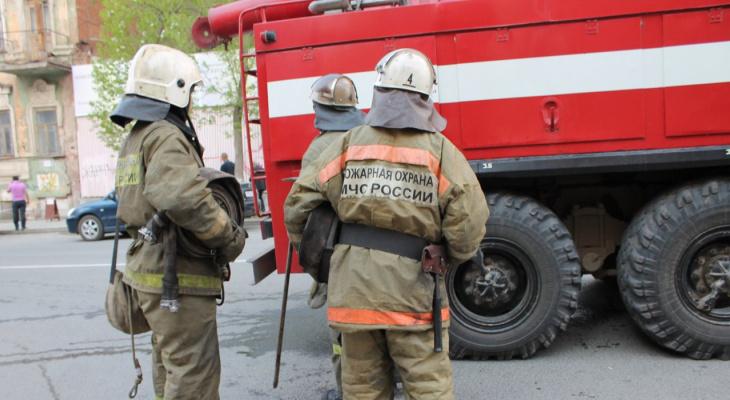 «Ни в коем случае не идите в МЧС»: пожарные из Коми откровенно рассказали о работе ведомства