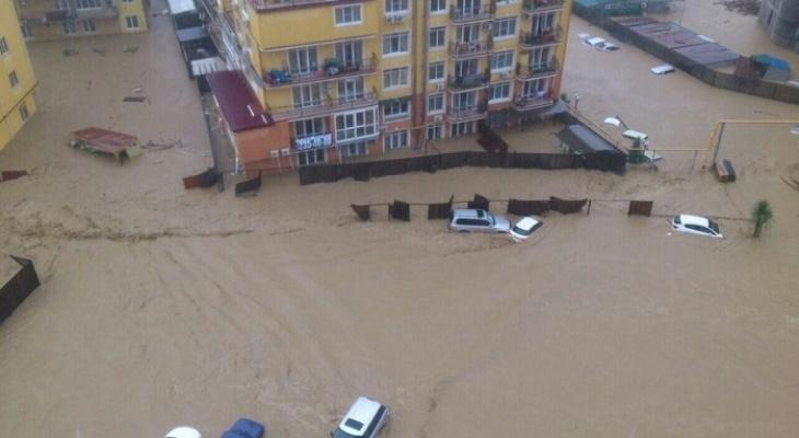 Сыктывкарцы, которые живут в Сочи, о потопе: «Народ в панике побежал на заправки»