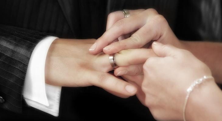 В загсе Сыктывкара рассказали, сколько свадеб было в последнюю пятницу 2018 года