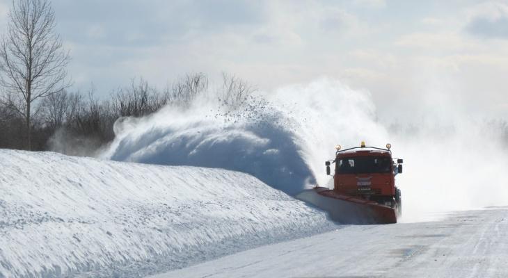 «Дорожники» Сыктывкара работают в усиленном режиме и уже убрали 2 500 «кубов» снега