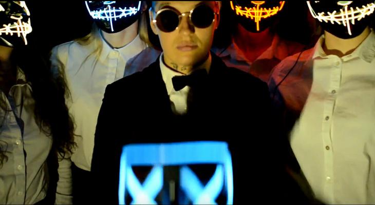 Участница шоу «Пацанки» снялась в роли Егора Крида в клипе сыктывкарки (видео)