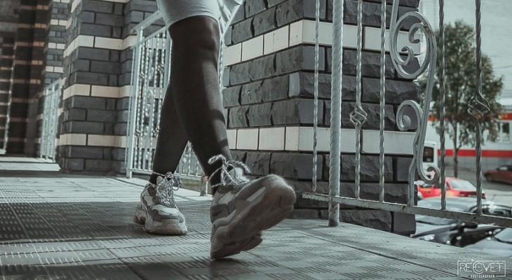 Пайетки для мужчин и кроссовки для женщин: сыктывкарский стилист назвала тренды 2019 года
