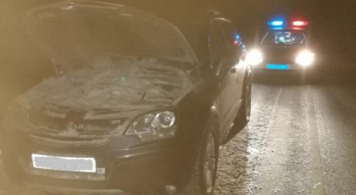 В Коми москвич насмерть сбил вологжанина, который чинил свое авто