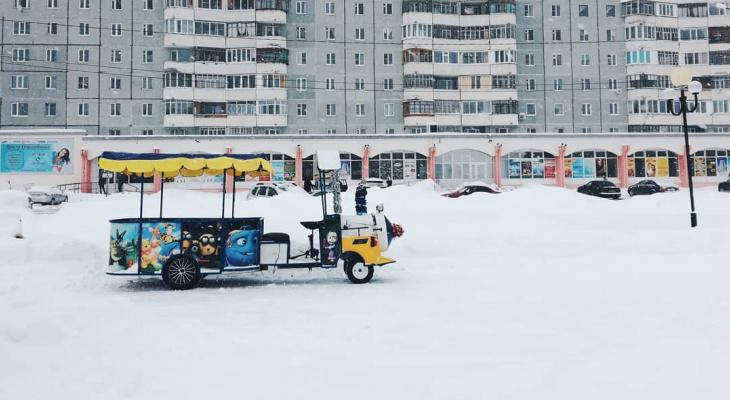 Фото дня: летний паровозик в зимнем Сыктывкаре