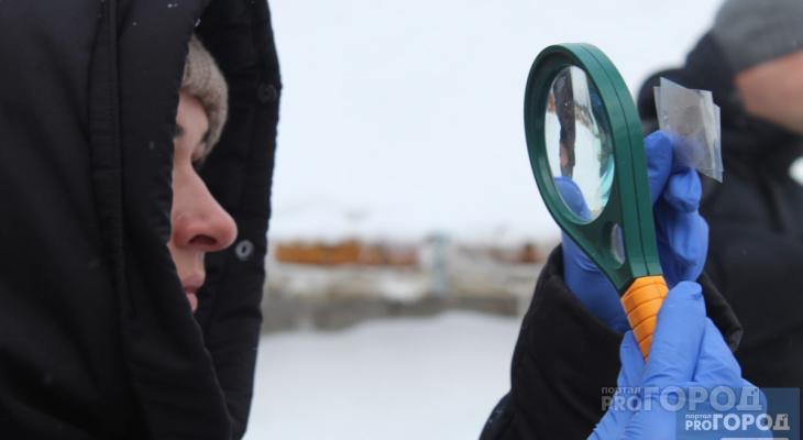 Сыктывкарским журналистам рассказали, как искать вора по отпечаткам пальцев и следам обуви