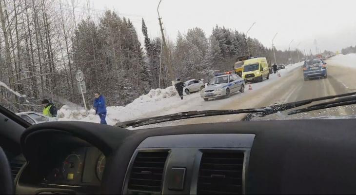 Появилось видео с места аварии под Сыктывкаром, в которой погиб ребенок