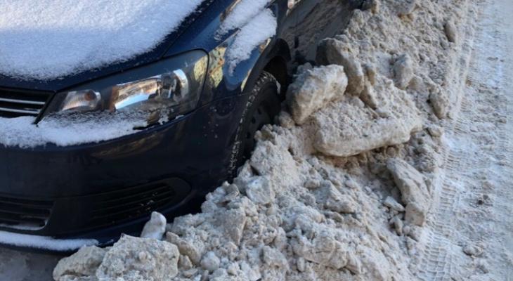 Опасные дороги, снежные шапки и «эгоистичная» уборка: на что жаловались сыктывкарцы на этой неделе