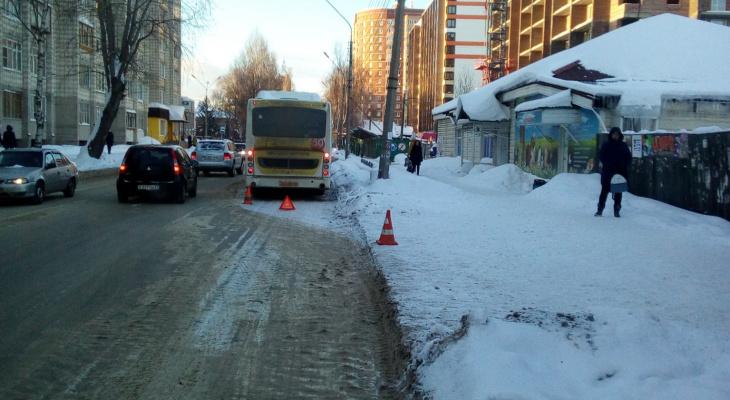 В Сыктывкаре водитель автобуса «выронил» несколько пассажиров на остановке