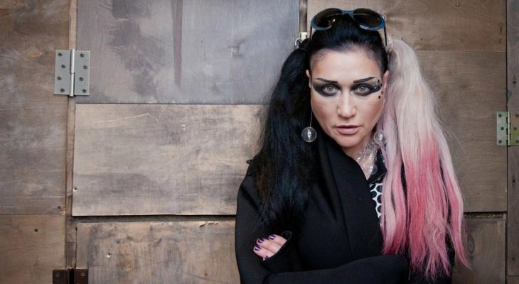 В Сыктывкаре выступит легенда трип-рока 90-х певица Линда