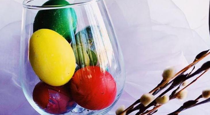 Топ 5 способов покрасить яйца к Пасхе от сыктывкарских поваров