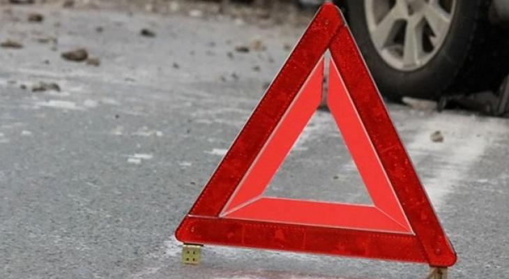 В Сыктывкаре пенсионер выбежал на «красный» и угодил под колеса авто