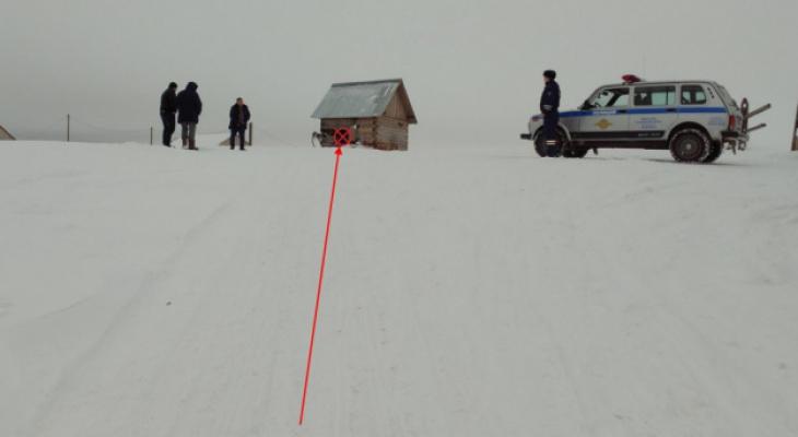 Женщина, которая протаранила «водонапорку» на снегоходе с пассажиром, получила срок