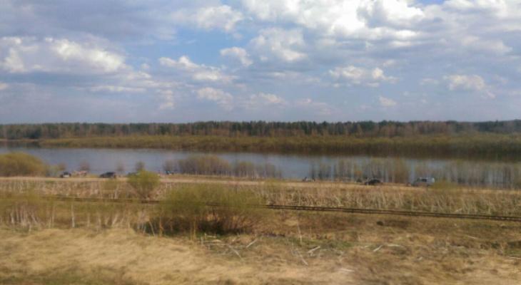 В Сыктывкаре один из берегов Сысолы «захватили» тусовщики