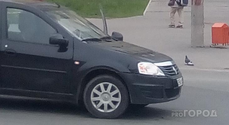 Сыктывкарка: «Мотоциклист на скорости влетел в иномарку и скрылся с места ДТП» (фото)