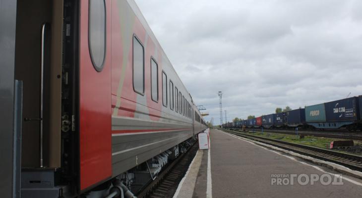 В Сыктывкаре поезд насмерть сбил работника станции