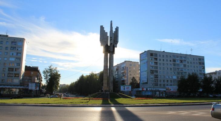 На сыктывкарскую стелу повесят ленту за полтора миллиона рублей